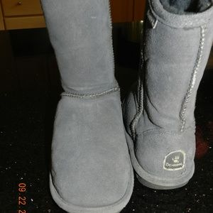 Bearpaw Grey Boots